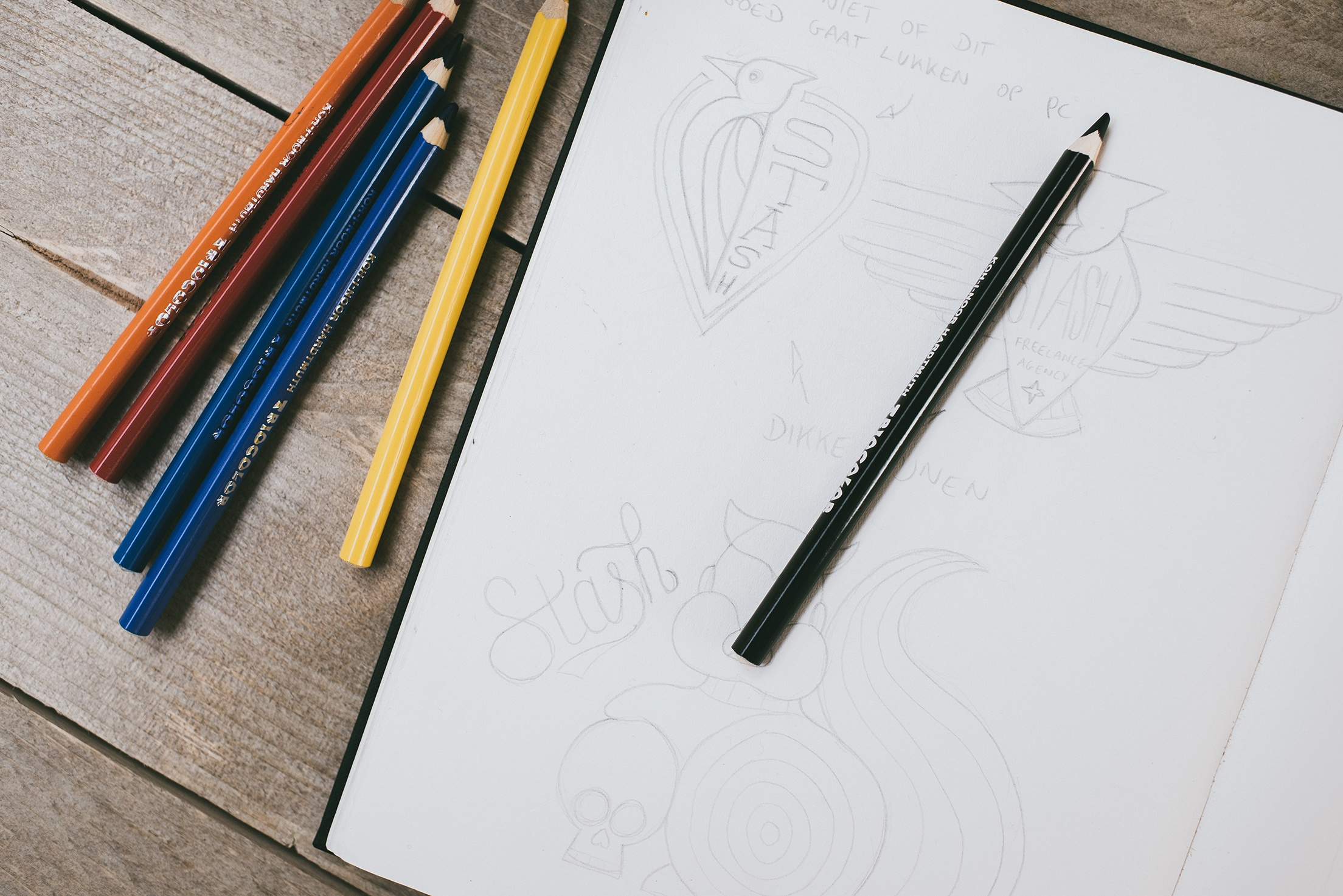 Schetsen van logodesigner Sander Legrand.
